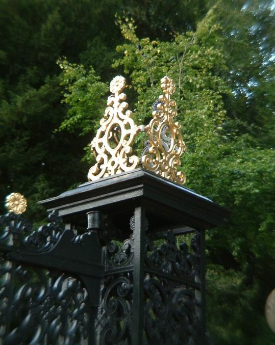 Catton Park Gates, Norwich: The gates were repainted and the crowns re-gilded